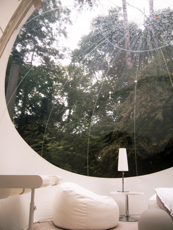 inside-bubble-lodge